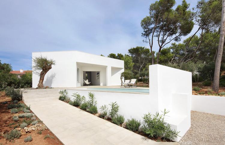 Casa 4 Porches y 4 Lucernarios / Ferran Vizoso + Jesús Cardona, © José Hevia