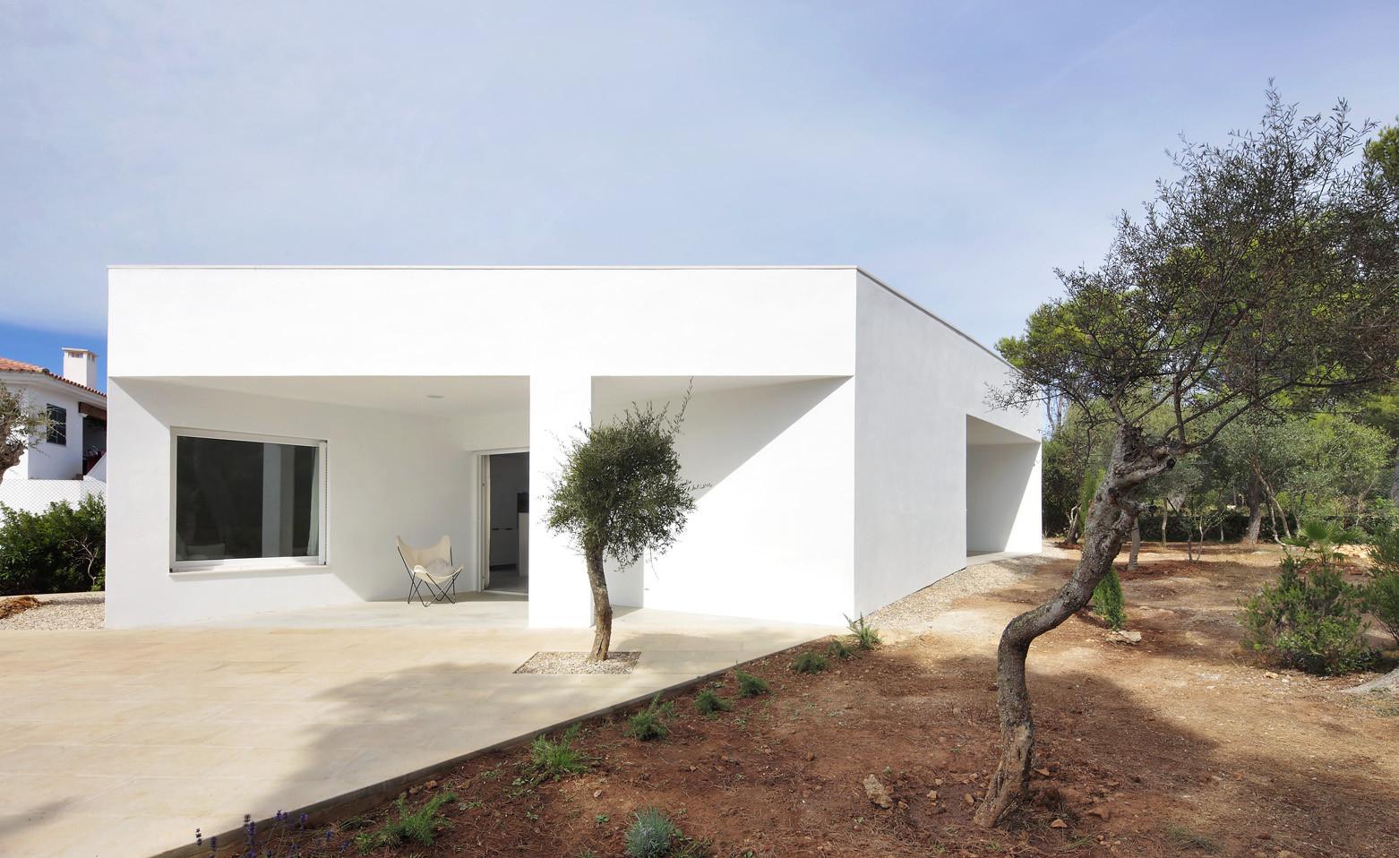 Gallery of 4 porches and 4 skylights house ferran vizoso - Porches de casas ...