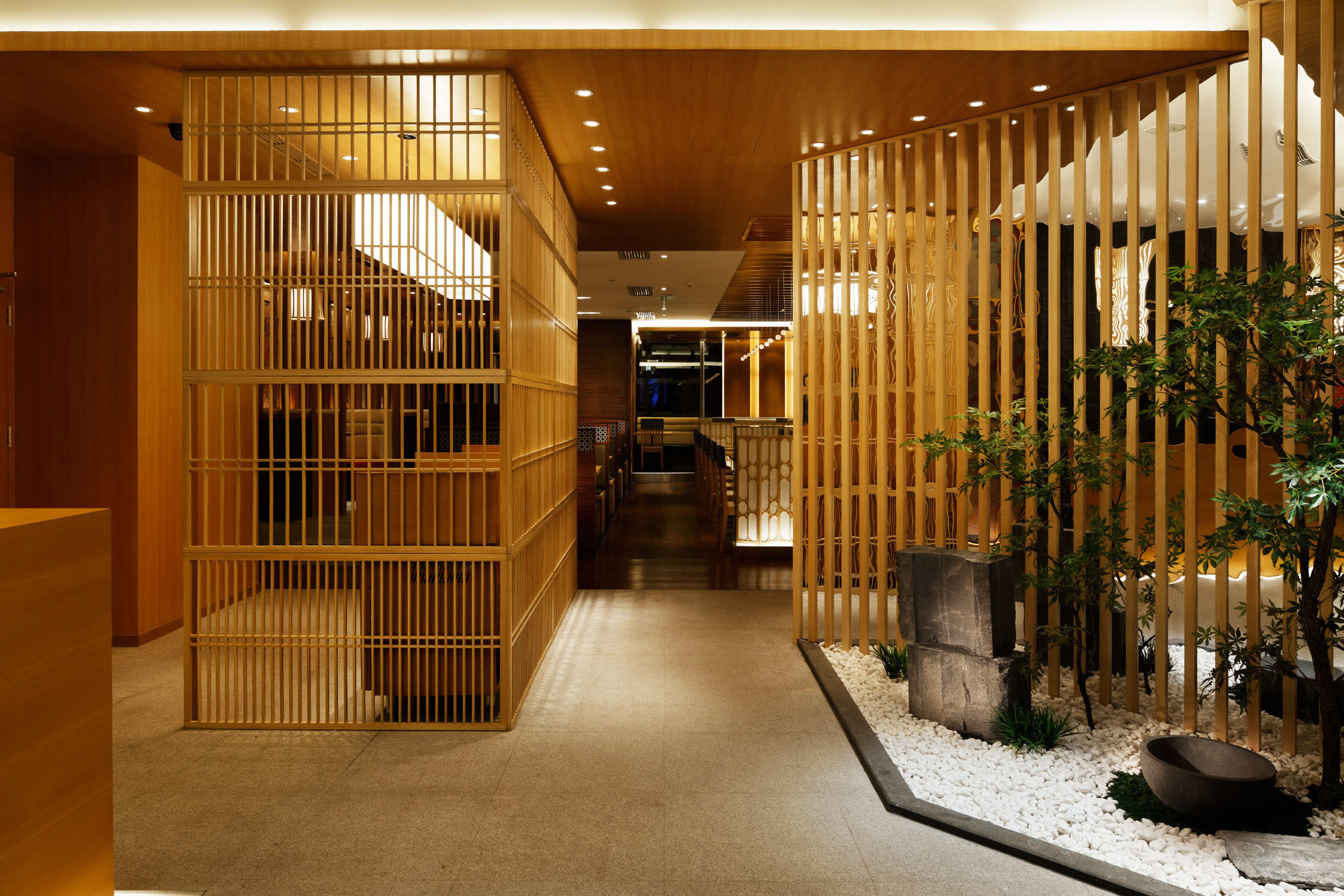 Saboten Beijing The 1st / Doyle Collection, © Satoru Umetsu/ Nacasa&Partners Inc