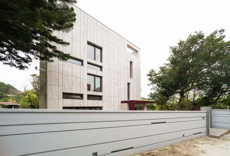 Courtesy of DL Design/TL Architects & Associates/HY KO