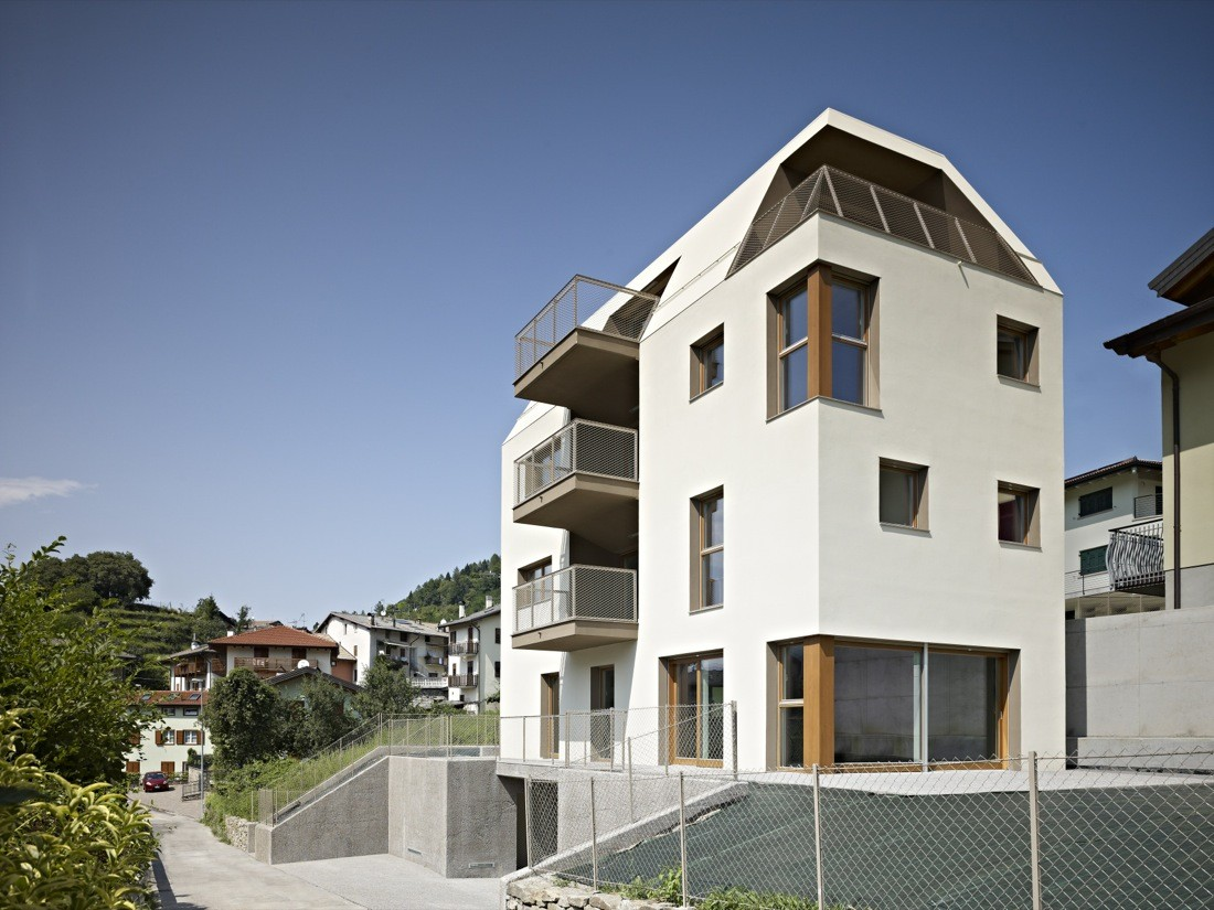 GI Multi-family Housing / Burnazzi Feltrin Architects, © Carlo Baroni