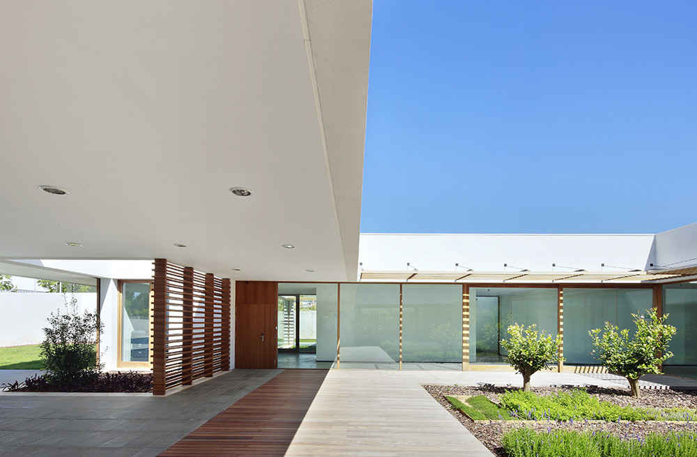 AMADIP Center / Juan Alba + Ester Morro, © José Hevia