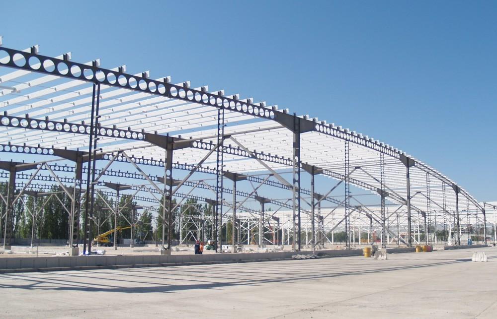 El desafío de lograr mayores luces libres en estructuras de acero y a bajo costo, Courtesy of Bming