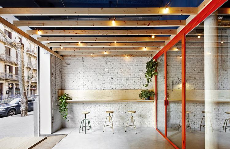 Bar Oval / FLEXOARQUITECTURA, © José Hevia