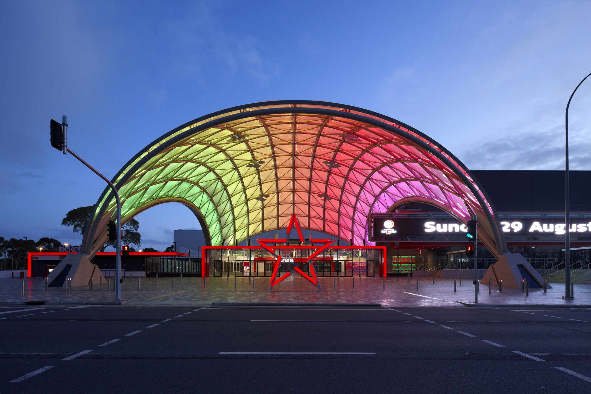 Adelaide entertainment centre designinc archdaily for Interior architecture adelaide