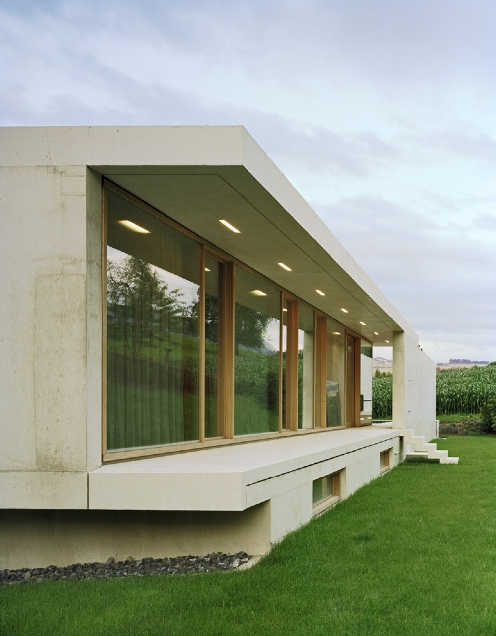 gallery of house at zimmerberg bottom rossetti wyss architekten 15. Black Bedroom Furniture Sets. Home Design Ideas