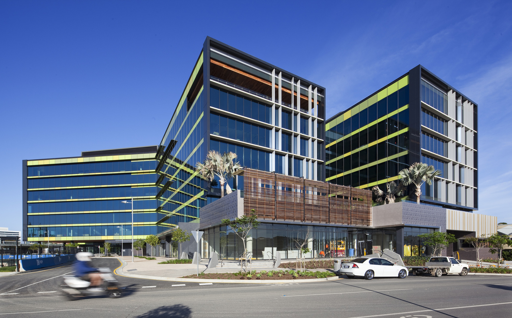 Energex Headquarters / Cox Rayner Architects + BVN Donovan Hill, © Christopher Frederick Jones