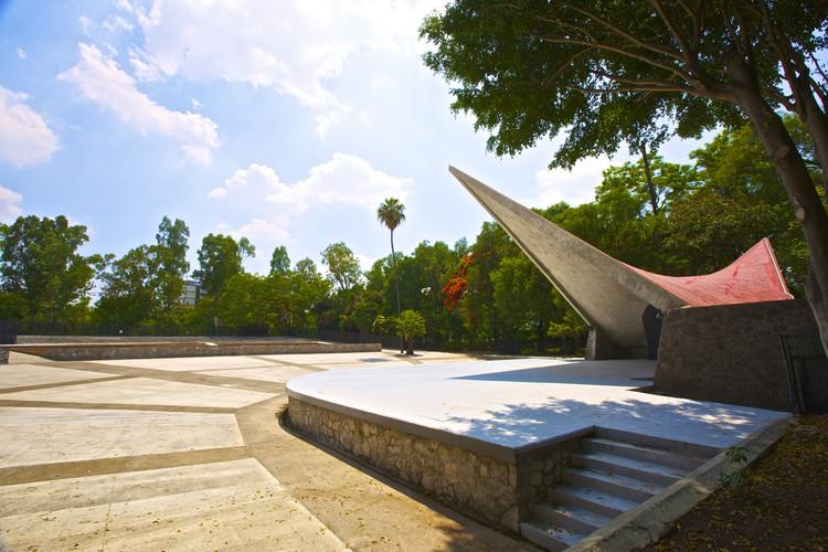 """Rehabilitación de """"La Concha Acústica"""" del Parque Agua Azul / S2 Arquitectura, © Carlos Garza"""