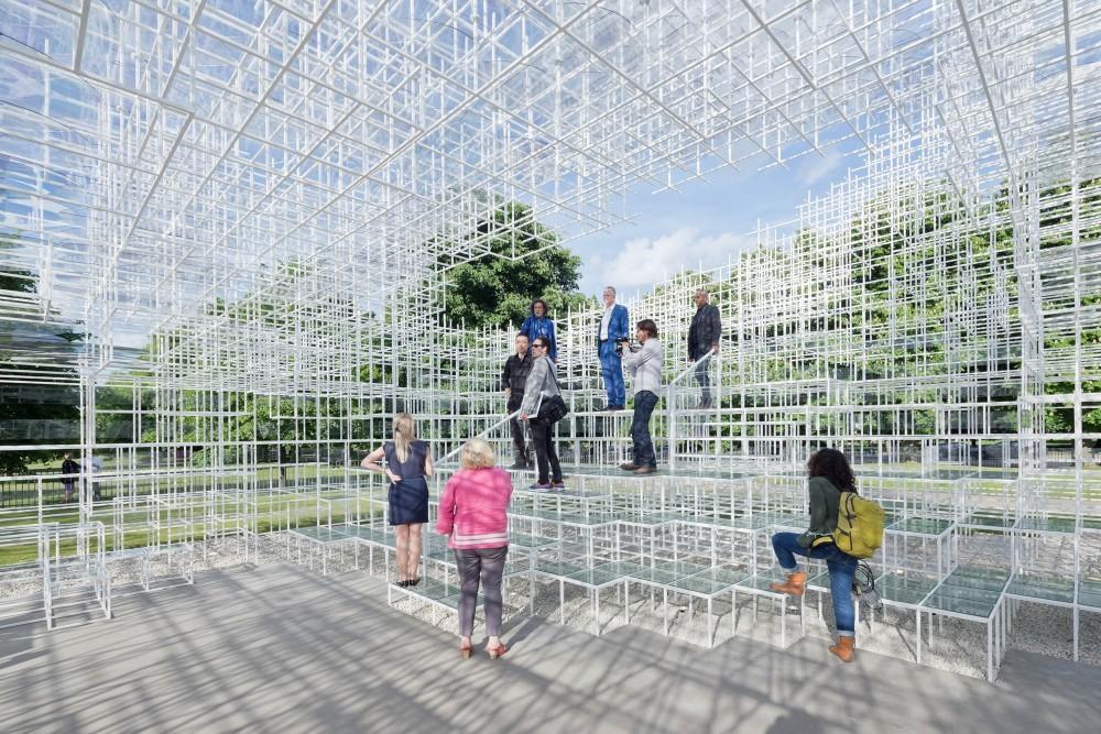 2013 Serpentine Gallery Pavilion / Sou Fujimoto © Iwan Baan
