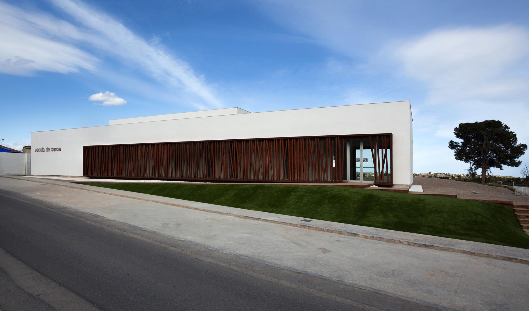 Galeria de Escola de Dança de Lliria / hidalgomora ... Dance
