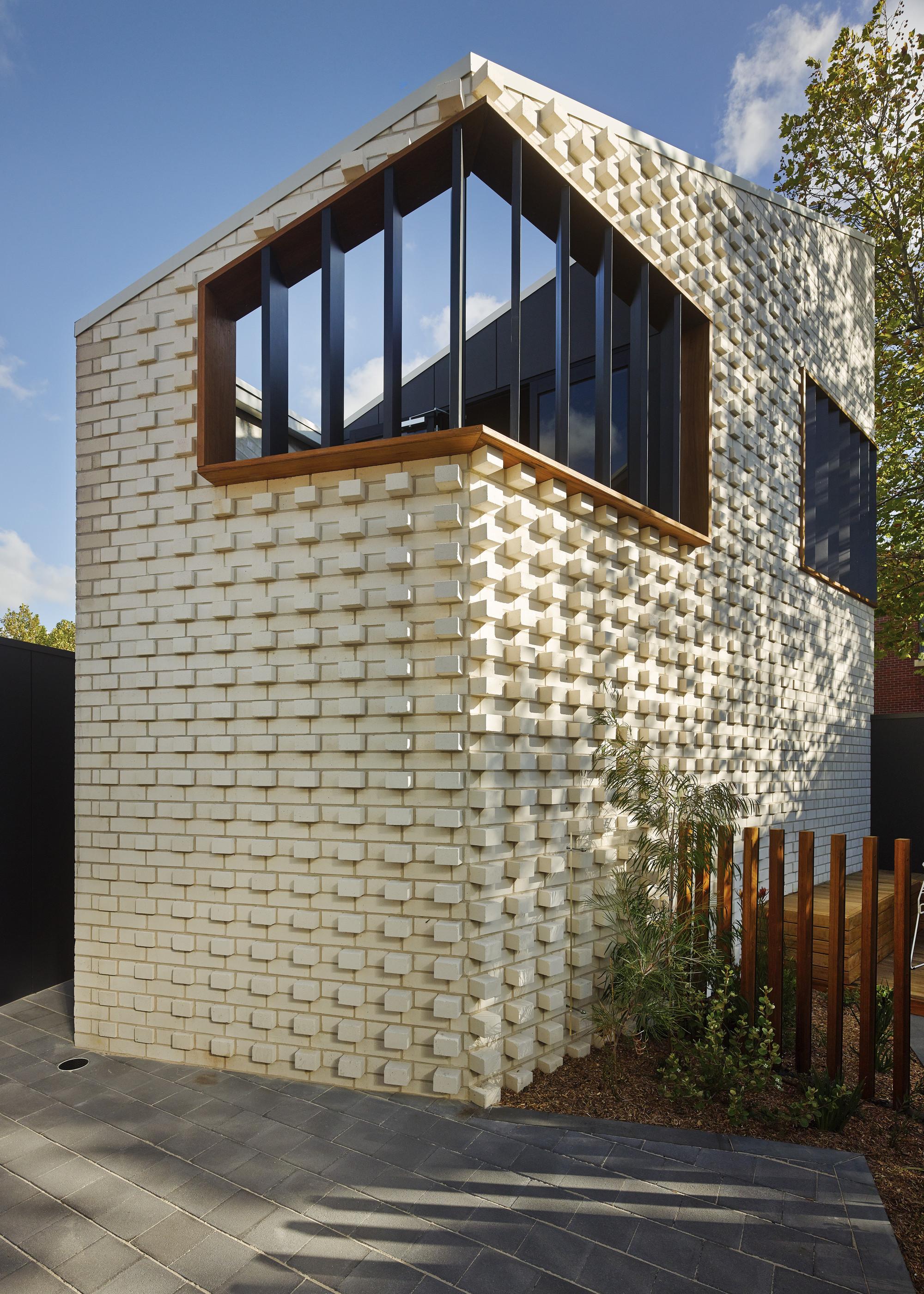 gallery of little brick studio make architecture 7. Black Bedroom Furniture Sets. Home Design Ideas