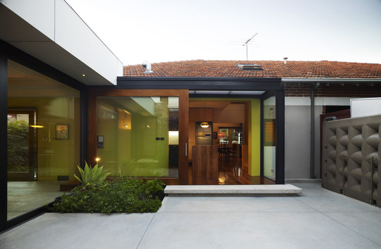 Casa en St Kilda East / David Vernon Architect, © Derek Swalwell