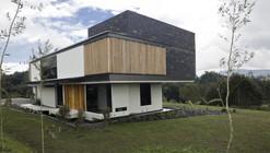 Casa Las Palmas / Carlos Molina