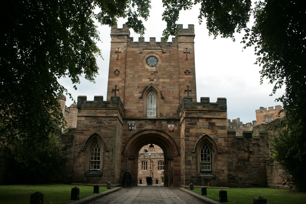 Daniel Libeskind to Design Physics Building at Durham University , Durham University Castle Entrance © Flickr User Jean-Etienne Minh-Duy Poirrier