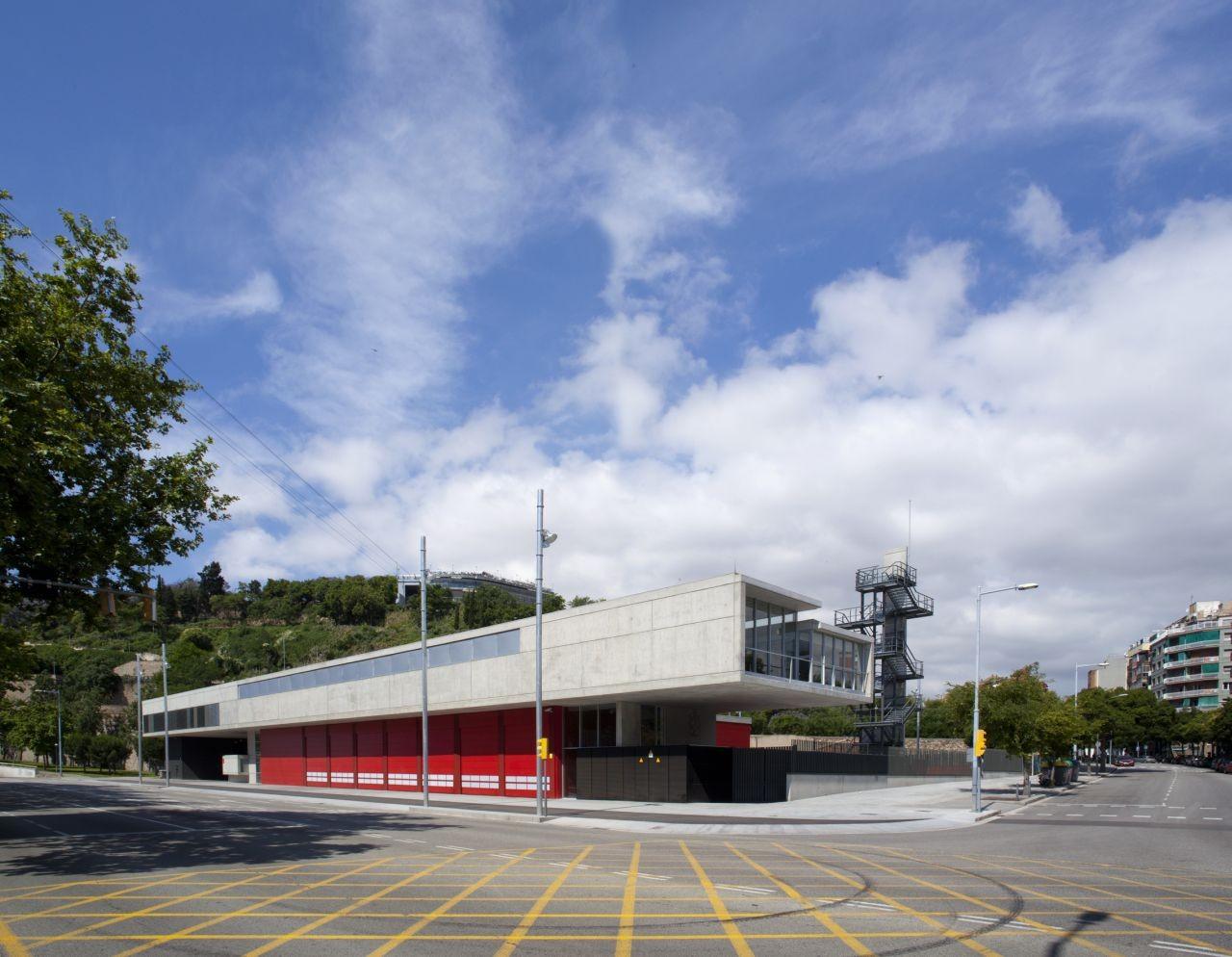 Montjuic Fire Station / Manuel Ruisánchez arquitecto, © Ferran Mateo