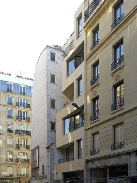 20 social housing in paris h2o architectes archdaily. Black Bedroom Furniture Sets. Home Design Ideas