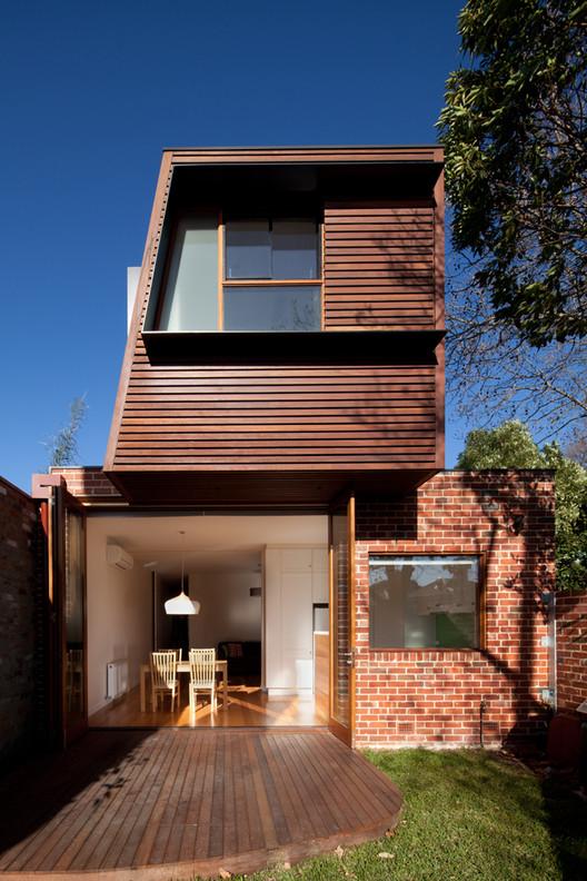 Vivienda en Fitzroy Norte / Chan Architecture, © Brendan Finn