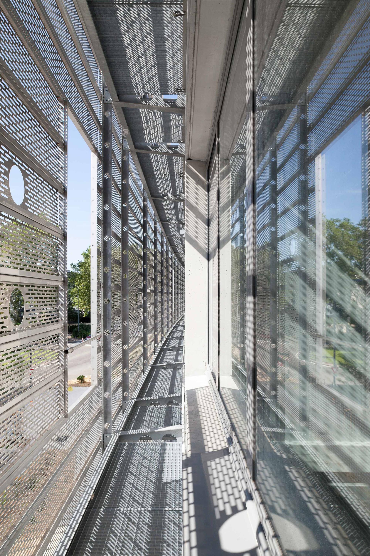 gallery of institut des sciences analytiques atelier christian hauvette parc architectes 12. Black Bedroom Furniture Sets. Home Design Ideas
