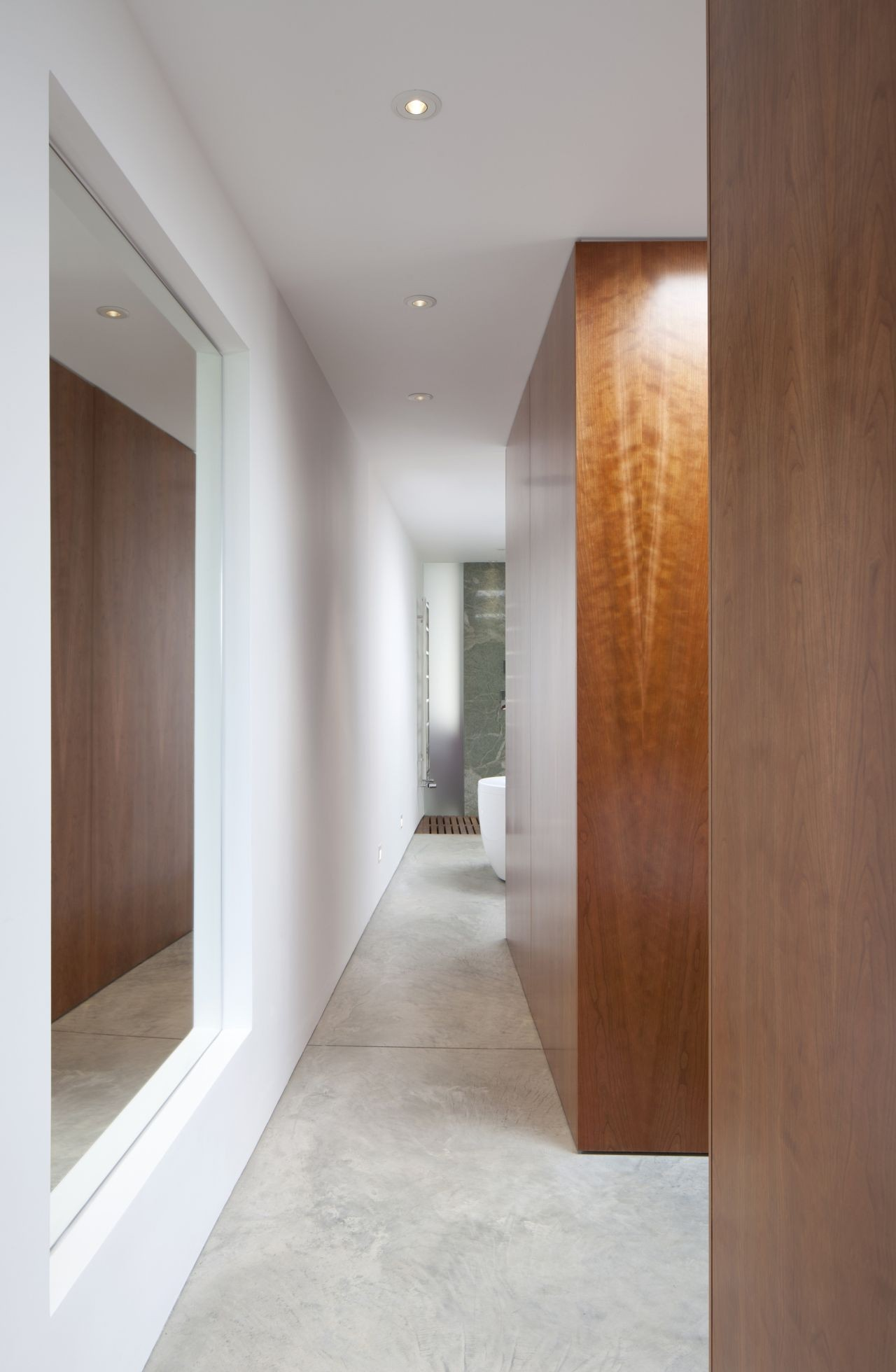 Cinematographer's House and Studio  / Inside Out Architecture