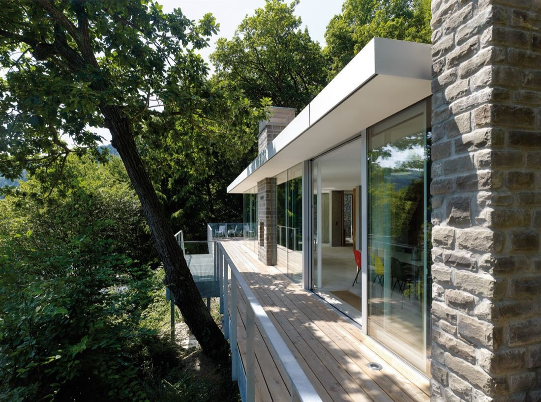 Lake House / LHVH Architekten