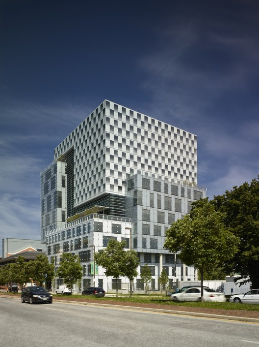 John and Frances Angelos Law Center / Behnisch Architekten + ASG, © Brad Feinknopf