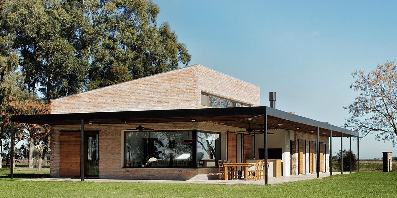 Casa cl bam arquitectura archdaily brasil for Casa moderna en el campo
