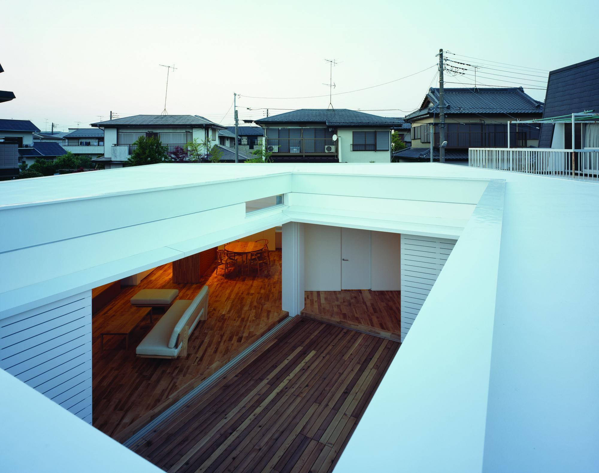 F-White / Takuro Yamamoto Architects