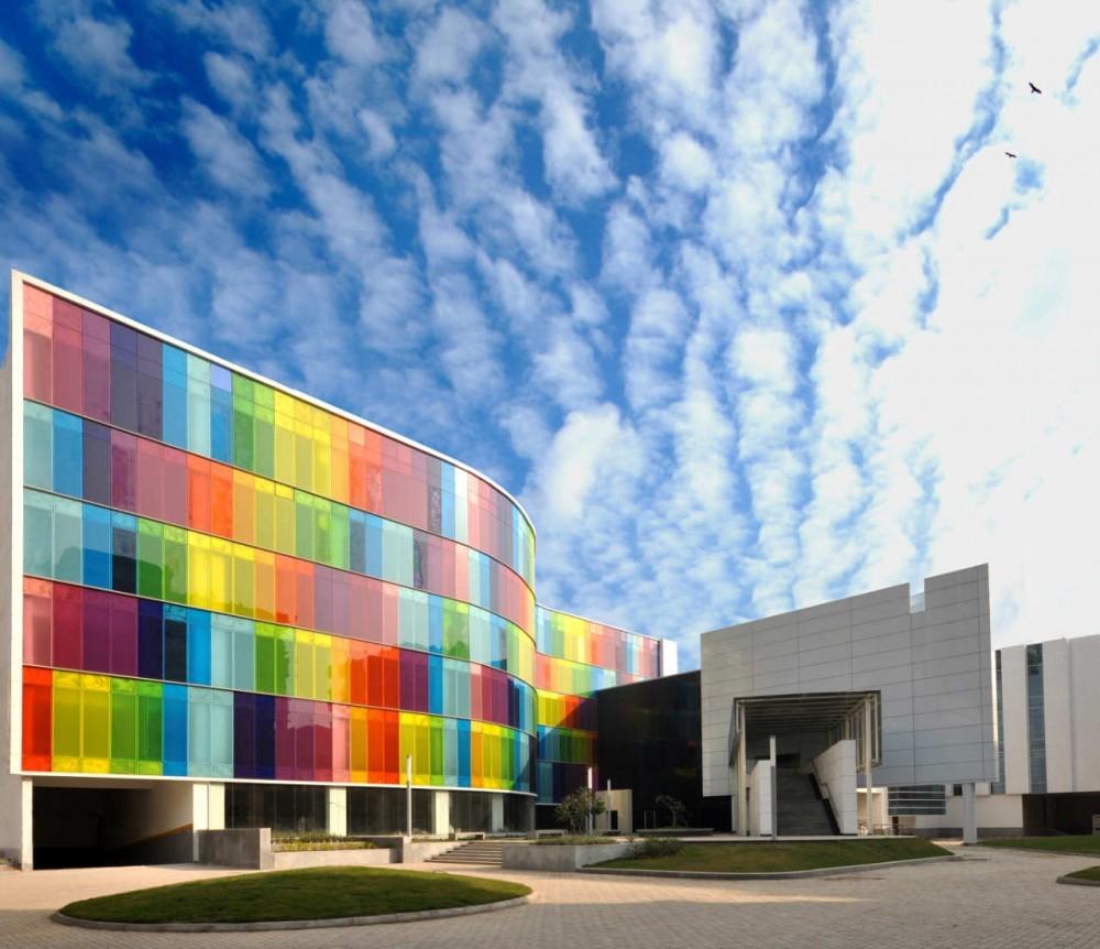 Archivo: Arquitectura Multicolor, © Pradip Sen