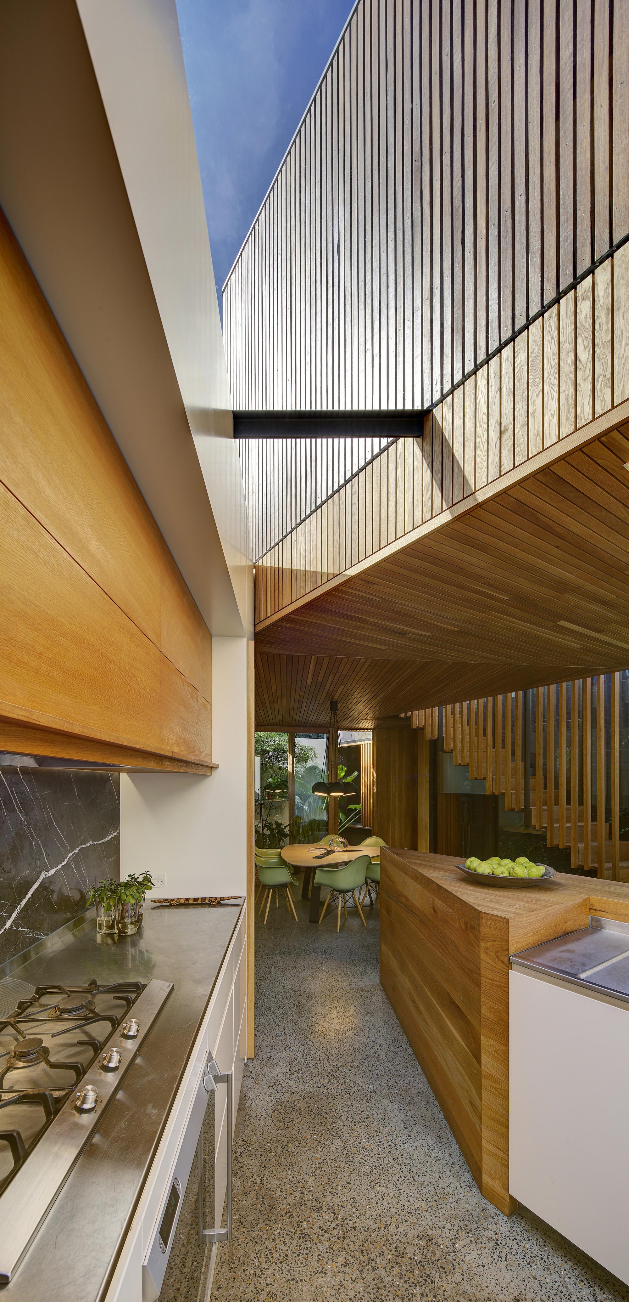 Balmain House / Fox Johnston