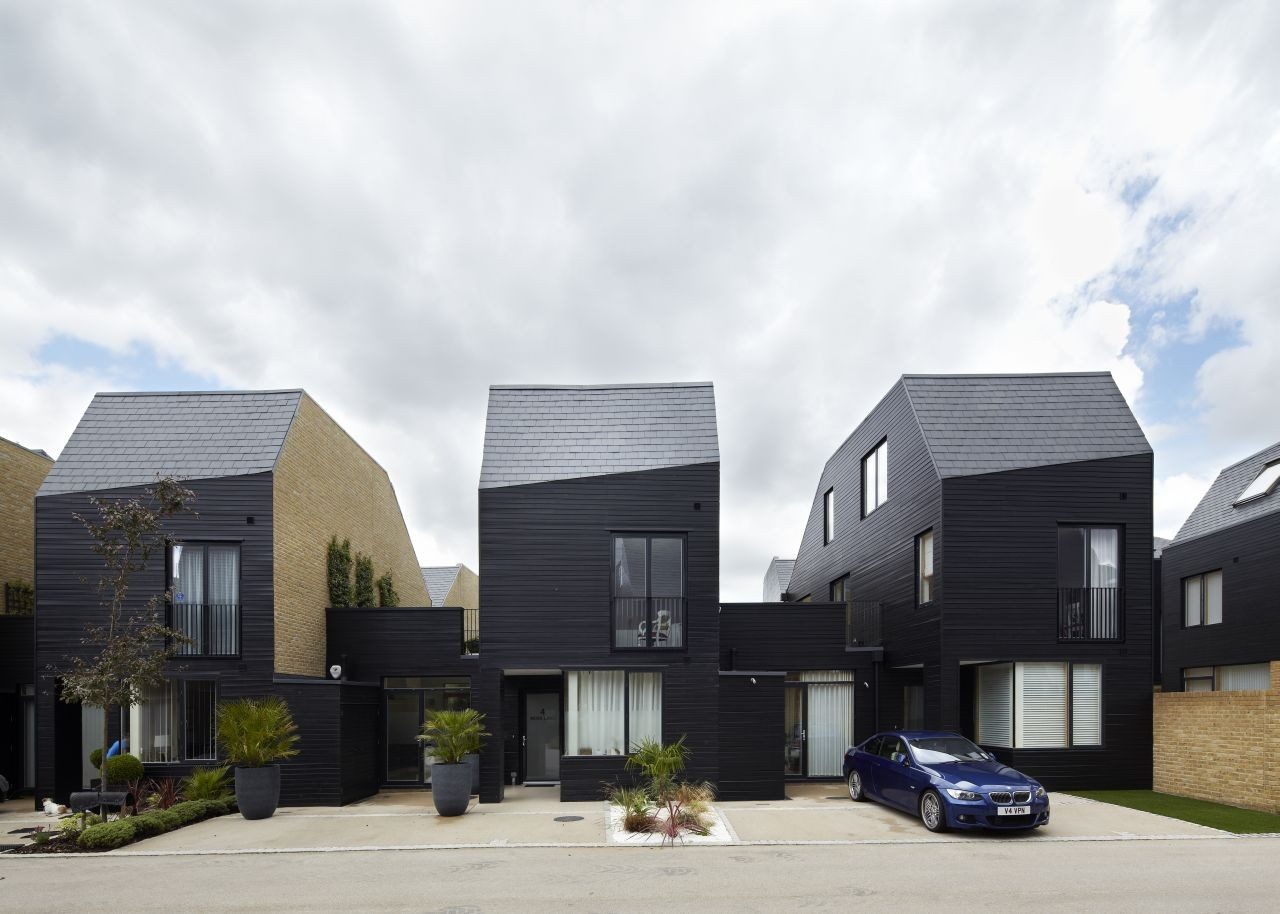 Newhall South Chase / Alison Brooks Architects | ArchDaily