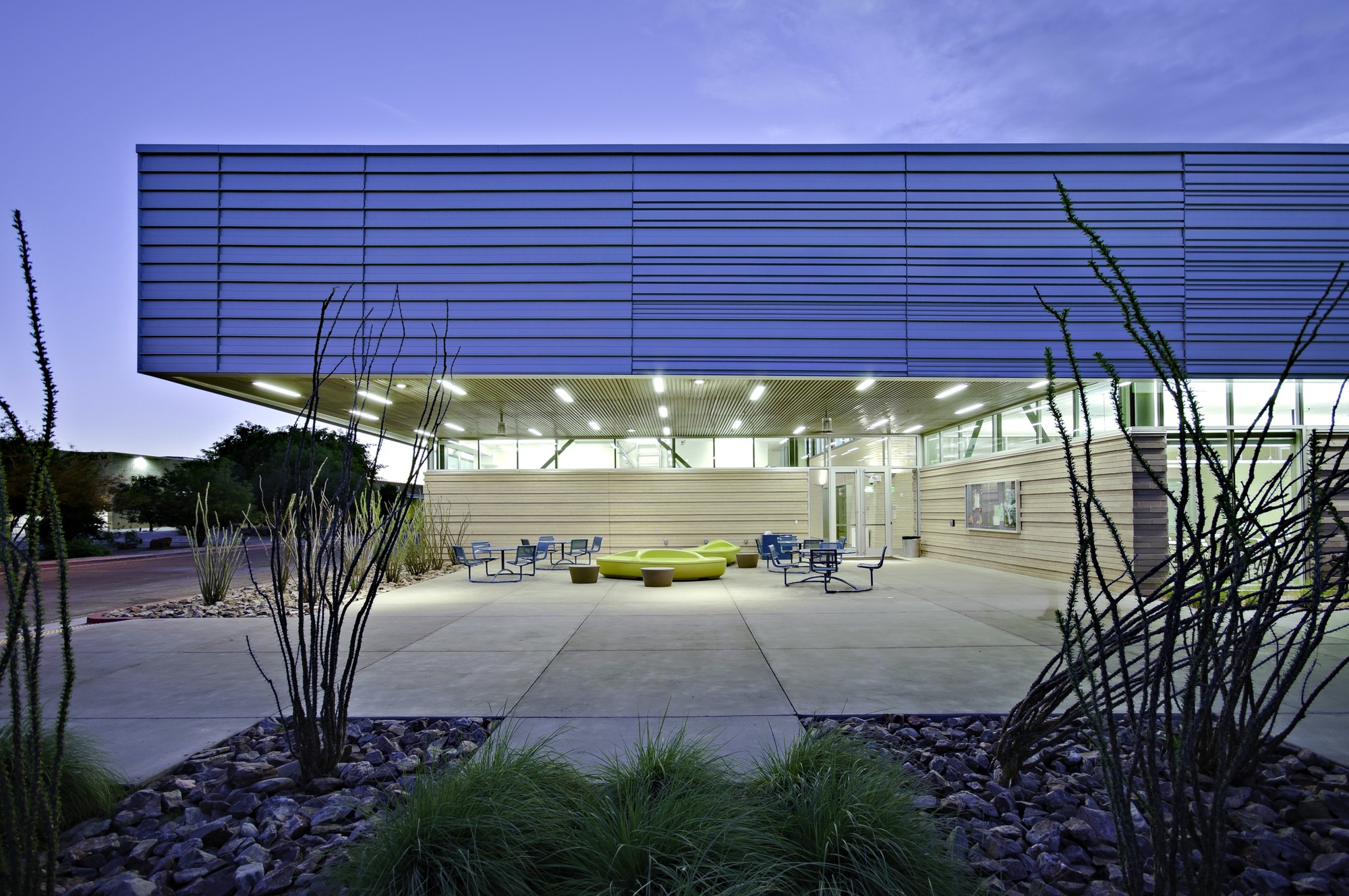 Mesa Community College Health Wellness Building; Mesa, Arizona / SmithGroupJJR © Liam Frederick