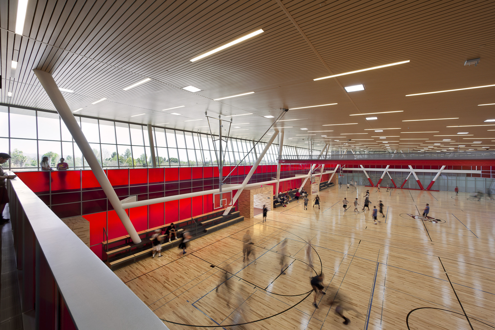 California State University, Northridge Student Recreation Center; Northridge, California / LPA, Incorporated © Costea Photography Inc.