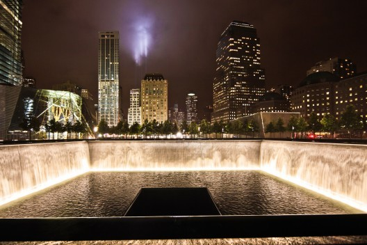 I Wept But About What I Cannot Say: Martin Filler's Moving Tribute to Michael Arad's 9/11 Memorial, North Pool looking South. Image © Joe Woolhead