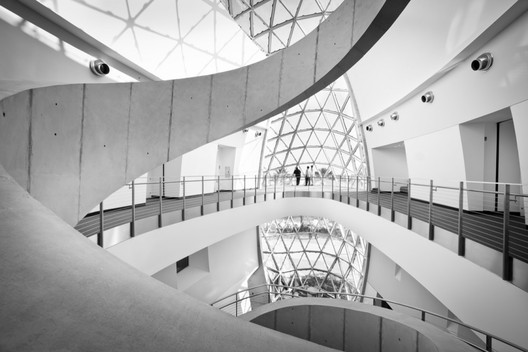 "Salvador Dali Museum / HOK. According to Mary Breuer, design consultant, HOK is one of those firms that ""'gets' marketing and incorporates it into the fabric of the firm"". Image Courtesy of HOK"