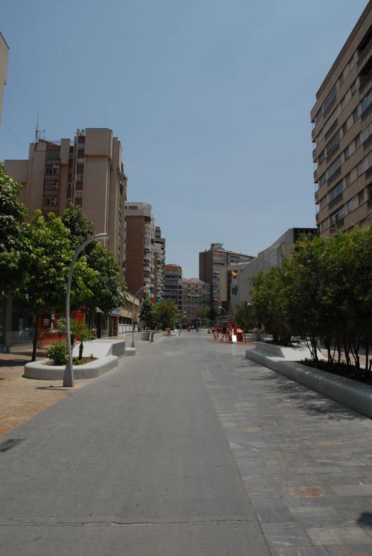 Avda. de la Libertad. Murcia. Dia. Imagem Cortesia de Enrique Mínguez Martínez, Pablo Martí Ciriquián, María Vera Moure