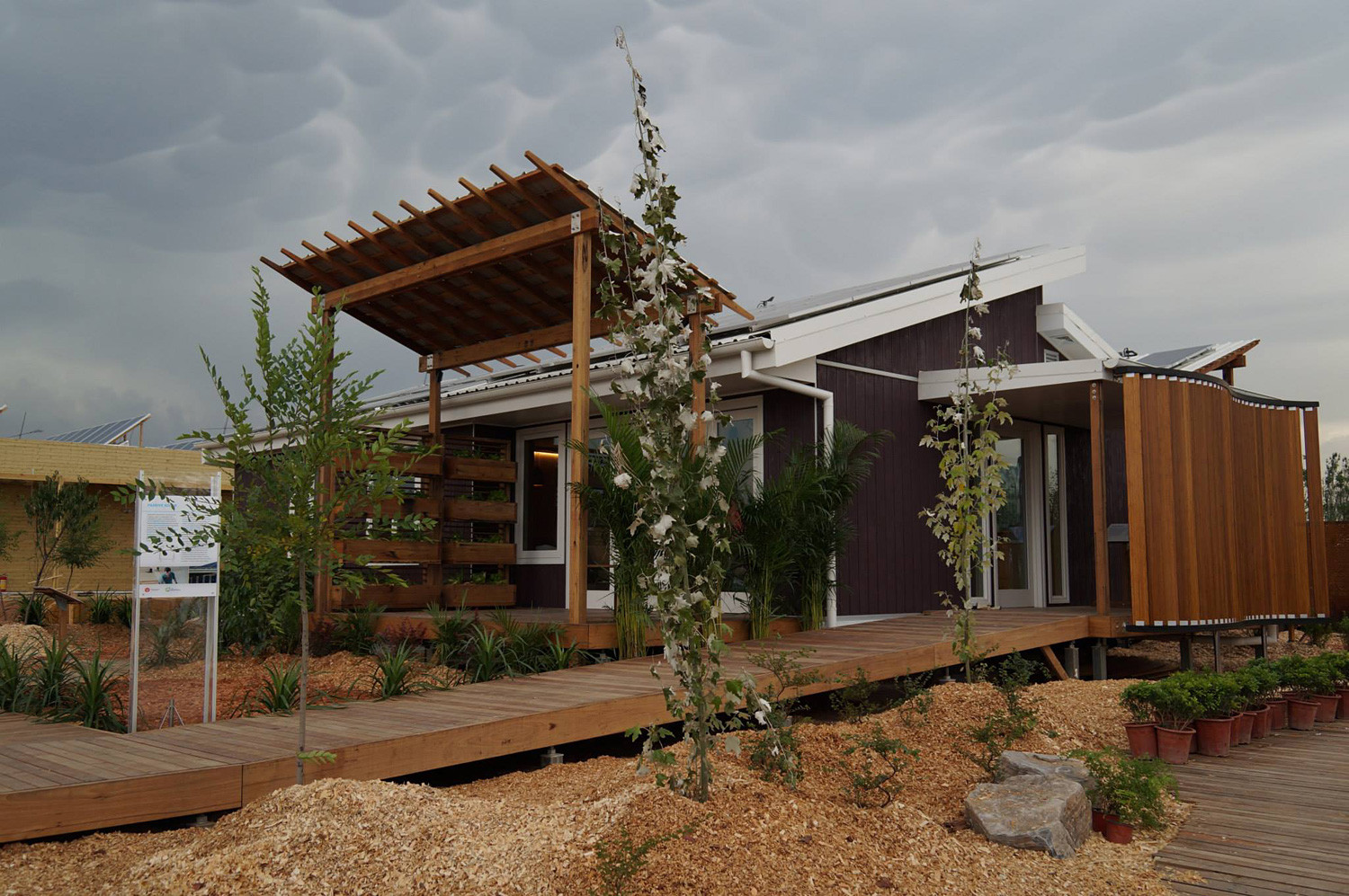 UOW Australia Wins the 2013 Solar Decathlon China , Courtesy of Team UOW