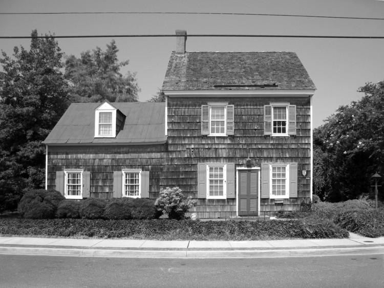 Casa original. Imagen Cortesía de Robert M. Gurney Architect
