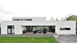 Residence Bemmel / Maxim Winkelaar + Bob Ronday