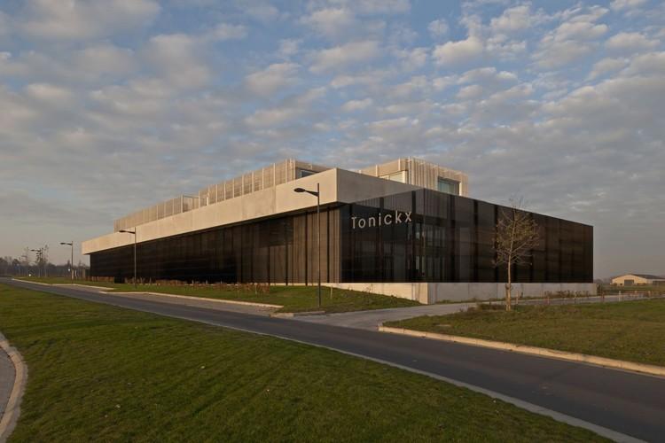 Oficinas Tonickx / Vincent Van Duysen Architects, © Koen Van Damme