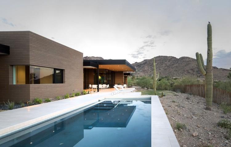 Casa de Tierra Apisonada / Kendle Design, © Winquist Photography