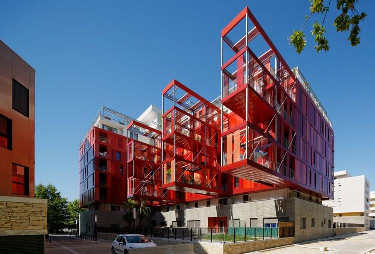 Version Rubis Housing / Jean-Paul Viguier Architecture, © Takuji Shimmura