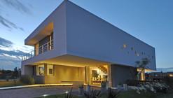 Cabo House / Vanguarda Architects