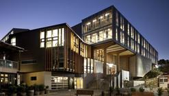 Faculdade de Artes Criativas / Athfield Architects