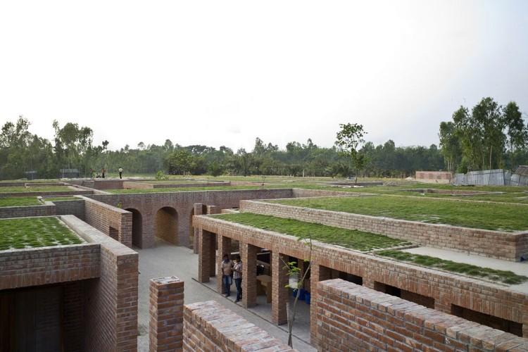 Friendship Centre / Kashef Mahboob Chowdhury/URBANA, © Eric Chenal