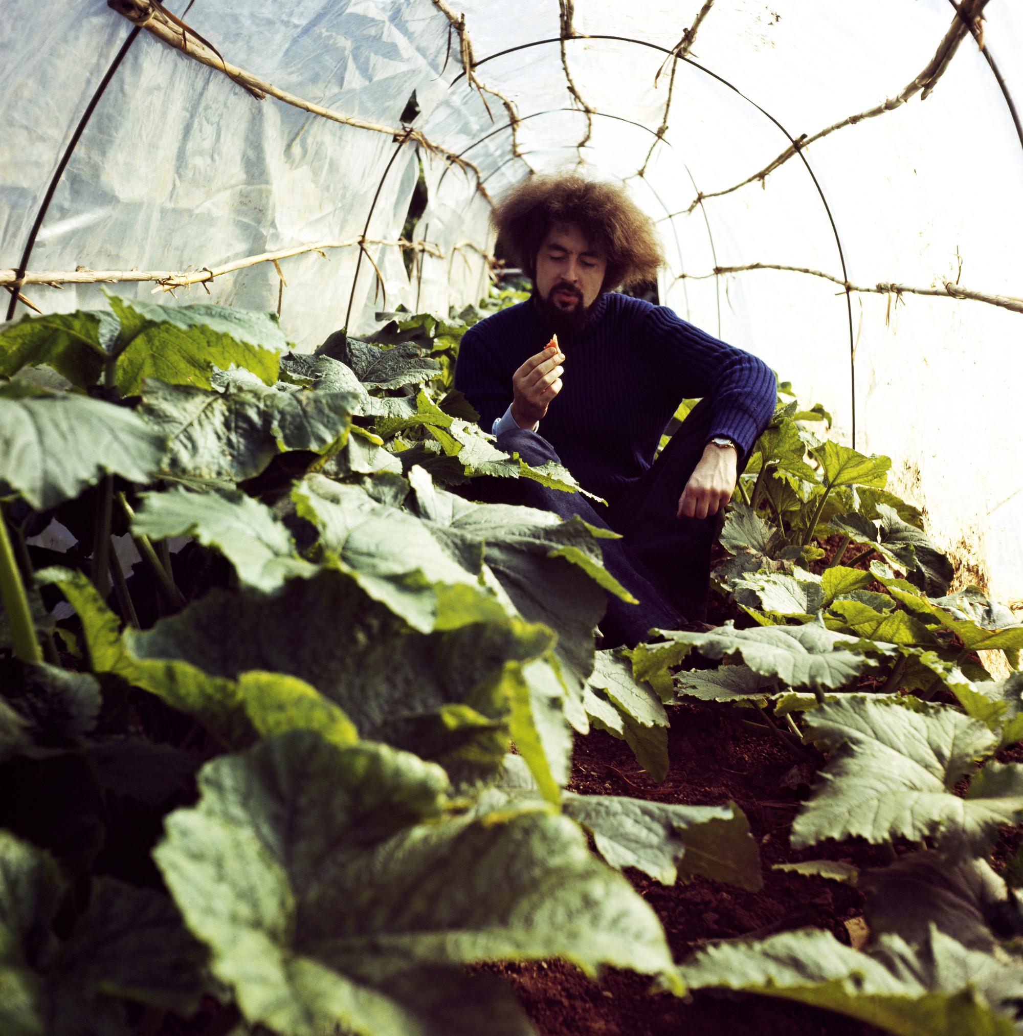 Carlo Caldini in the vegetable garden, S-Space Mondial Festival, 1971