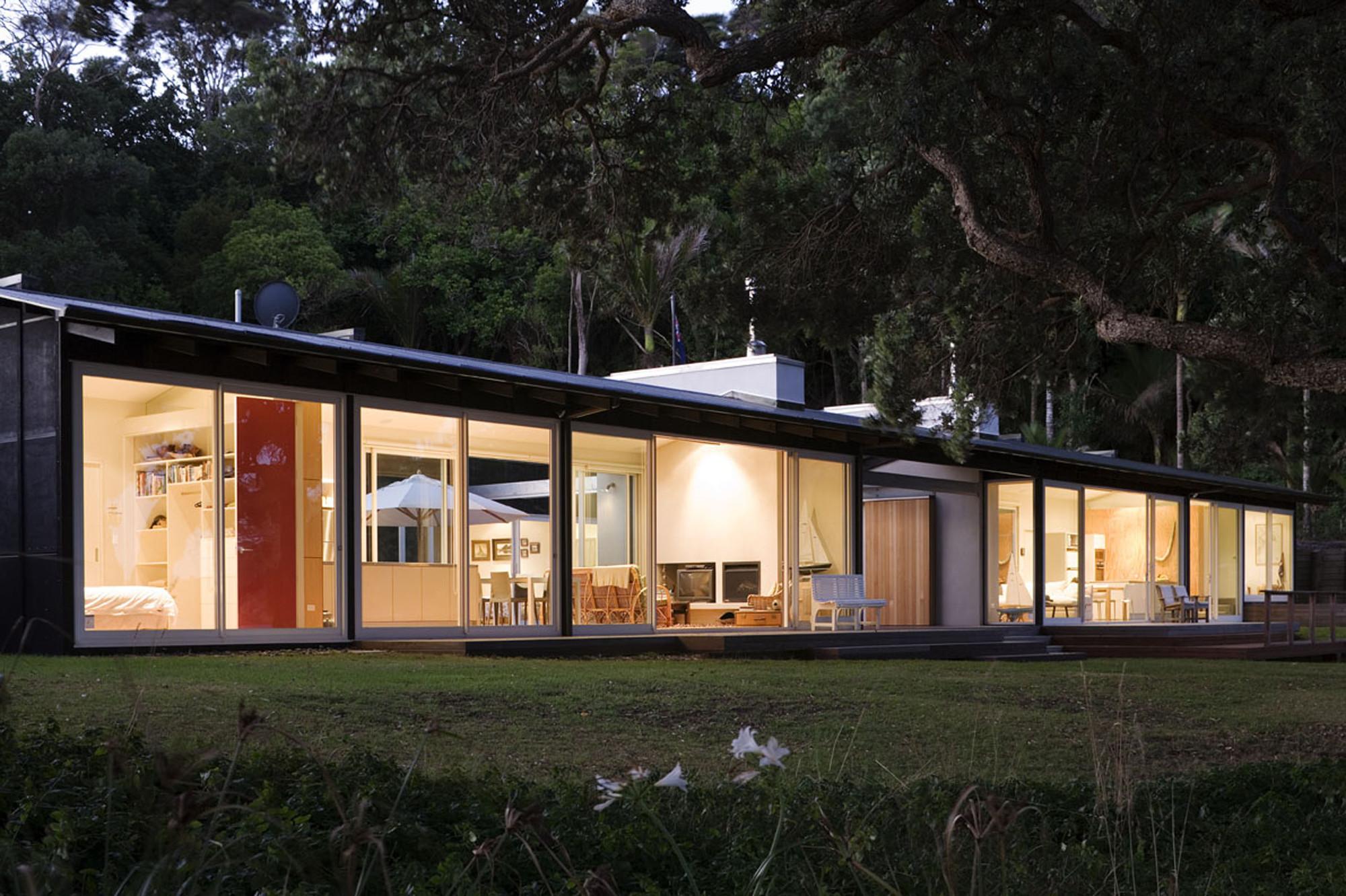 Tawharanui House / RTA Studio, © Patrick Reynolds