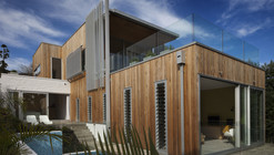 Brown Vujcich House / Bossley Architect's