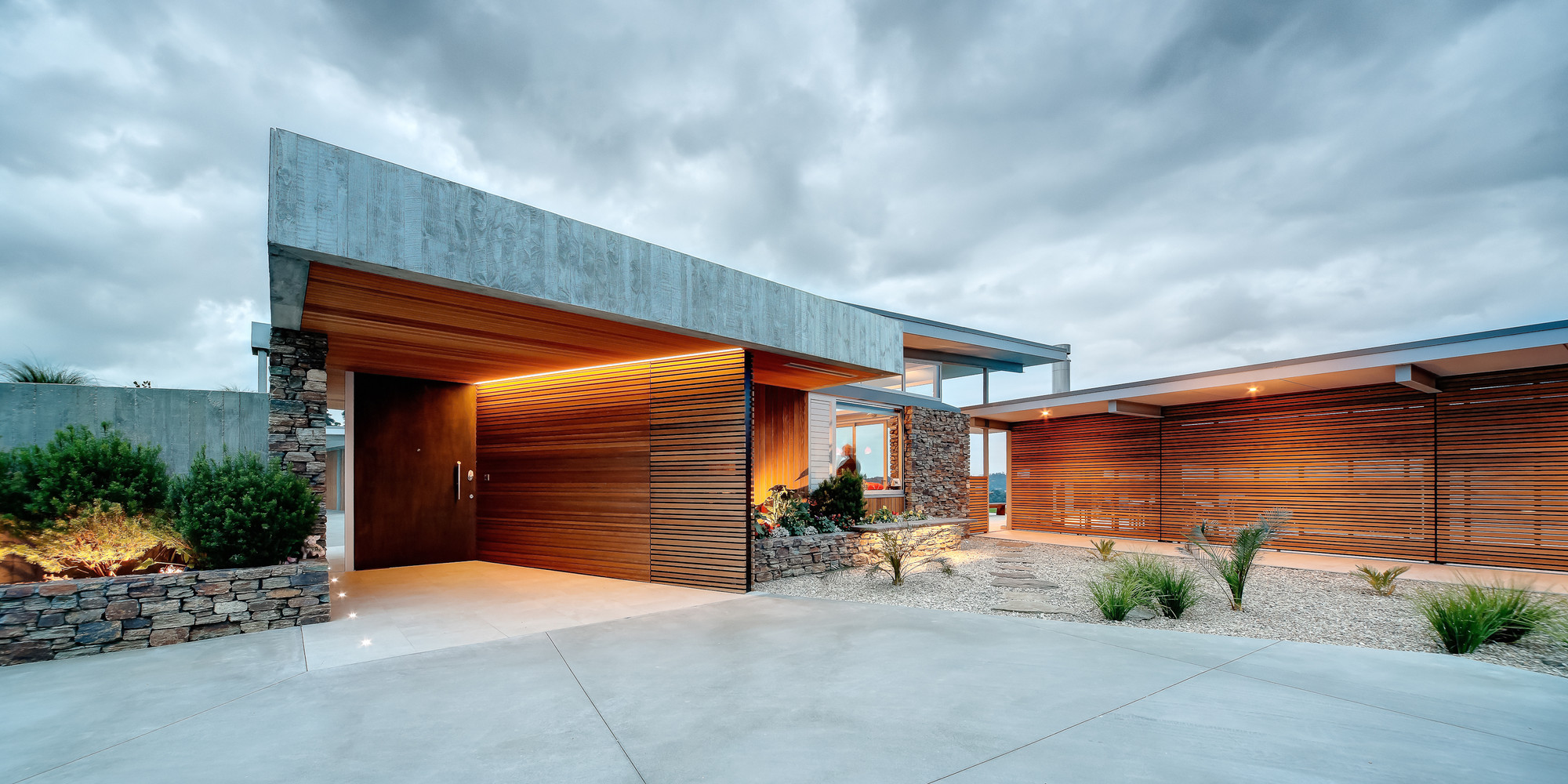 Find The Best Creative Bossley Architects Nz Modern On Maui On A - Modern-okitu-house-by-pete-bossley