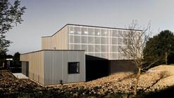 Technical Building in La Fouillade / V2S Architects