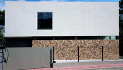One Family Dwelling / Rob Dubois